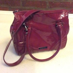 🌺 Burberry Embossed Patent Leather Bowling Bag